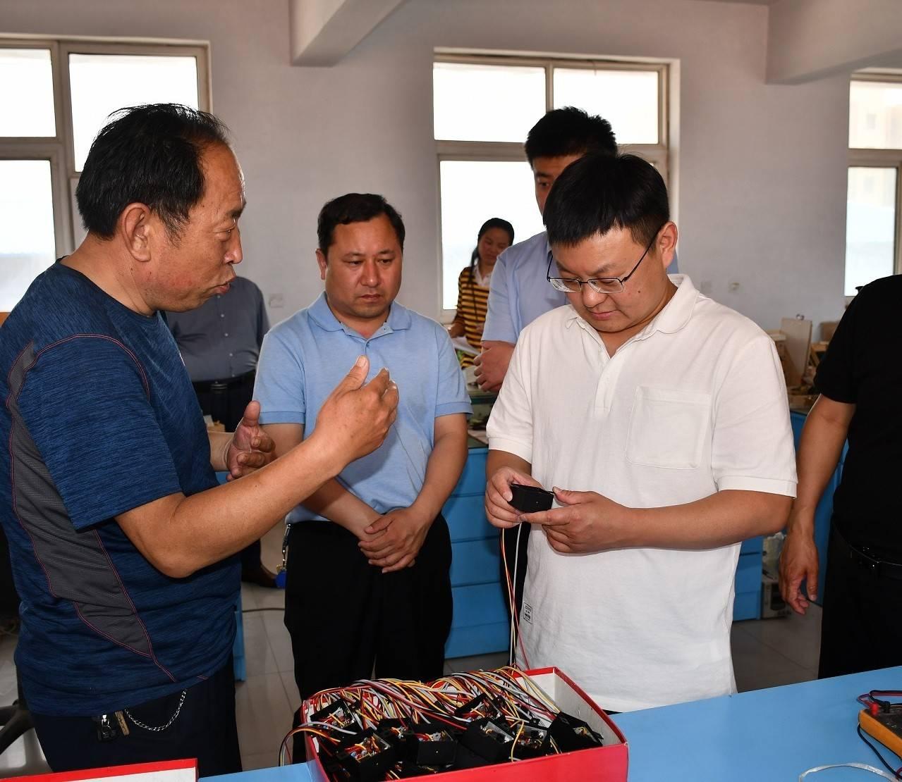 市委副书记、市长朱继坤实地调研受疫情影响