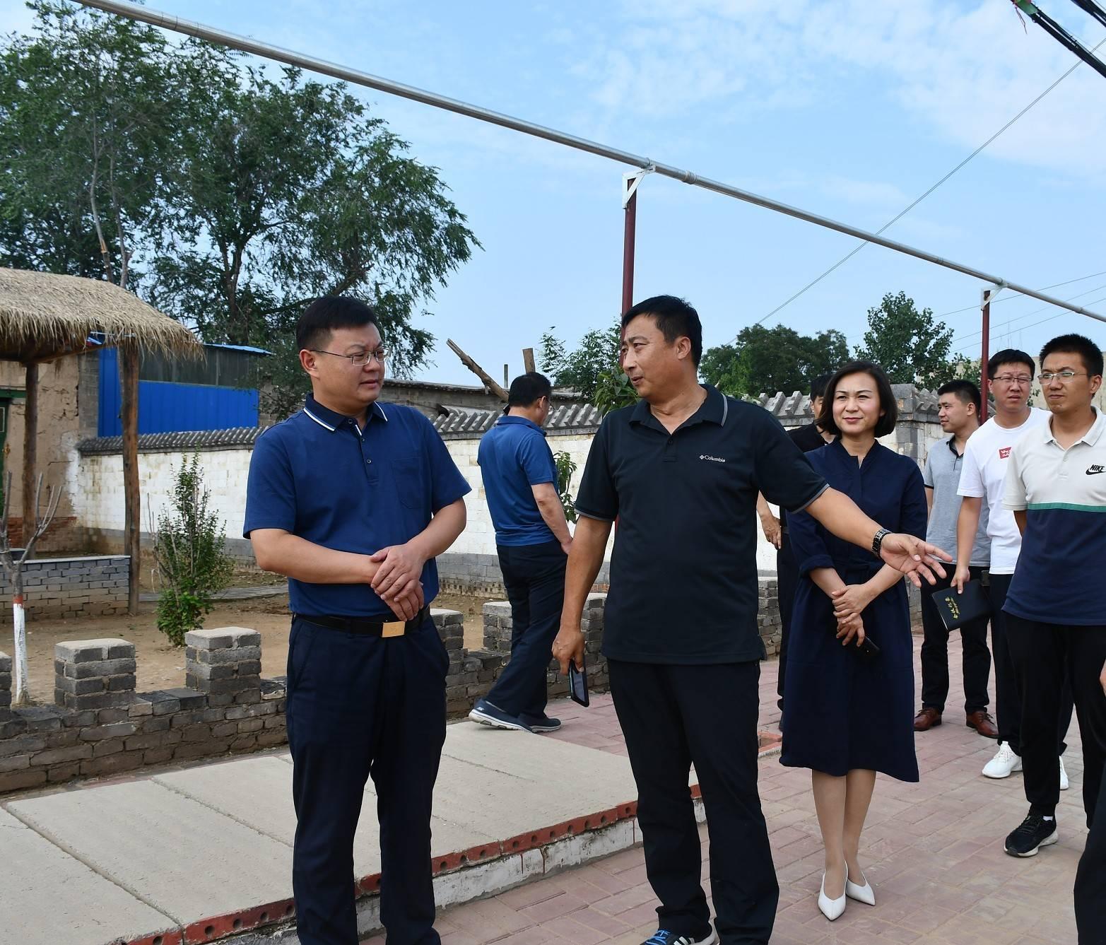 市委副书记、市长朱继坤就美丽乡村建设和扶